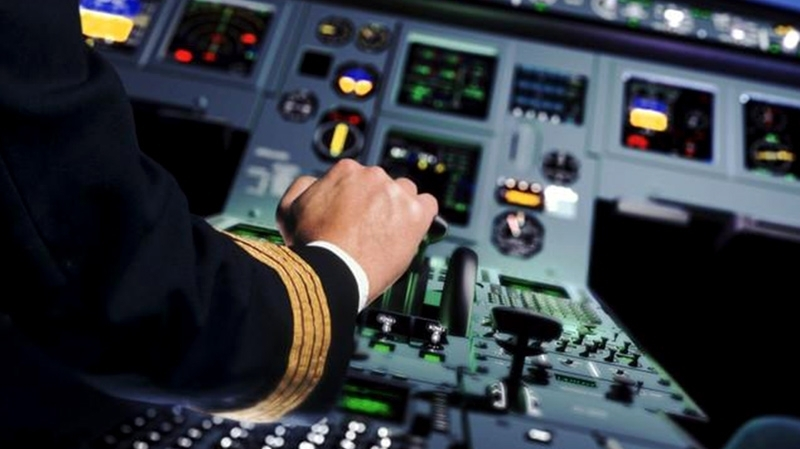 تعرّض قائد طائرة وابنته للتعنيف في فندق بجربة