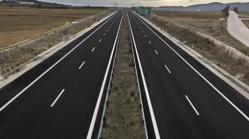 الجزائر تستكمل الطريق السريعة نحو تونس قبل نهاية العام