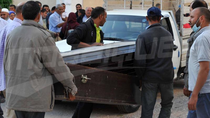 من بينهم جثتا طفل وفتاة: تسليم 10 جثث جديدة لضحايا غرق مركب بقرقنة