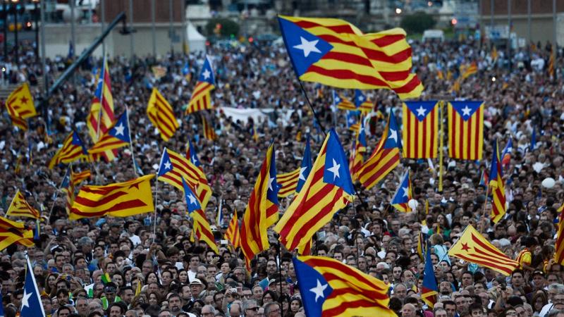 أزمة كتالونيا:الحكومة الإسبانية تعتزم تفعيل المادة 155 من الدستور