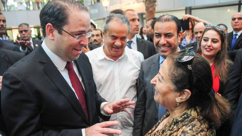 منى نور الدين ورئيس الحكومة