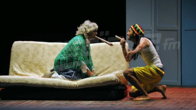 مسرحية ماما ميا