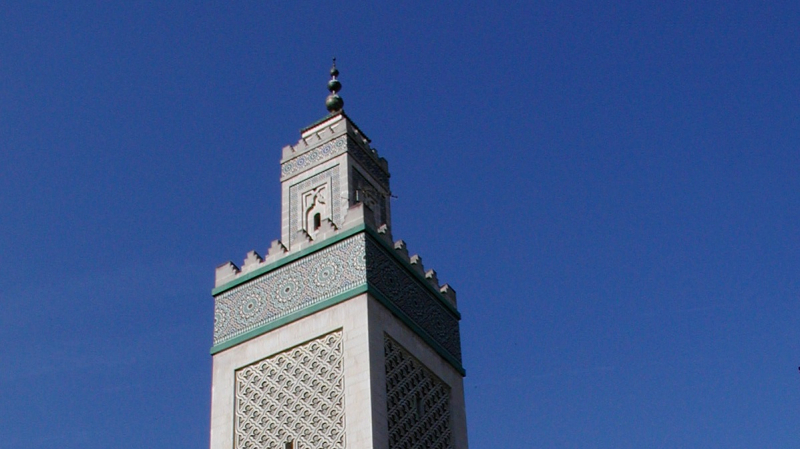 فرنسا: توجيه تهم لمتطرفين يمينيين خططوا لاستهداف مساجد وسياسيين