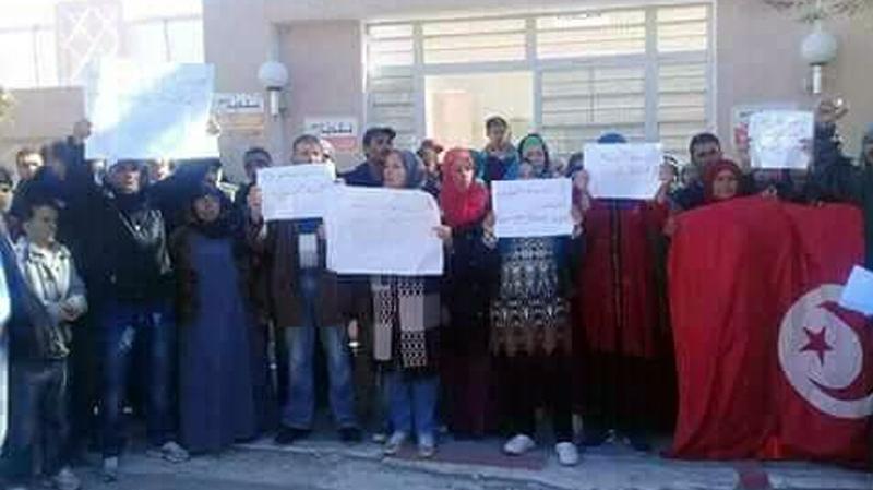 سليانة: عمال الحضائر بالروحية يدخلون في اضراب عن العمل