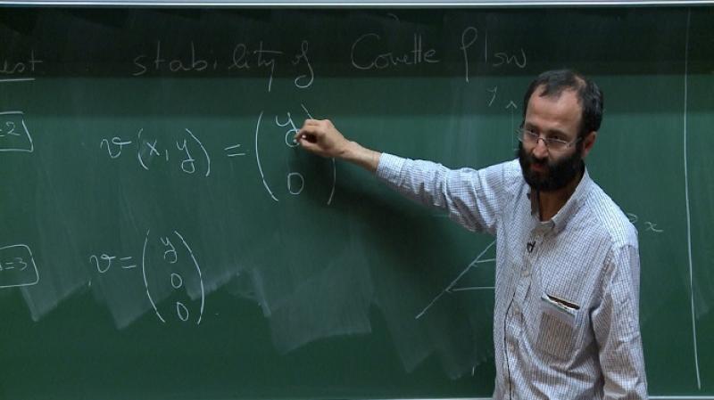 تونسي يتحصّل على جائزة عالمية في الرياضيات