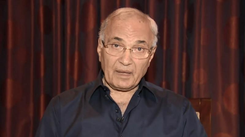 نافيا اختطافه: أحمد شفيق يؤكد أنه ما زال يبحث أمر ترشحه للرئاسة في مصر