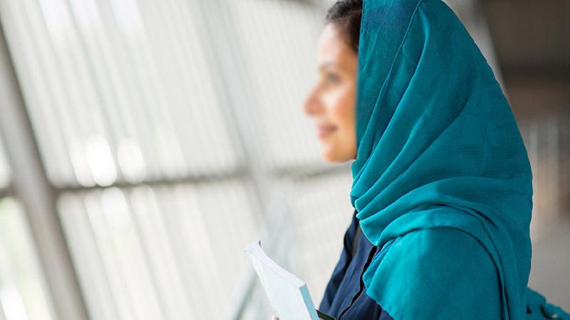 أكّدت سيدة مسلمة تعيش بالولايات تالمتحدة فصلها عن العمل بسبب حجابها.