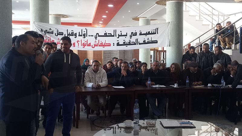 بئر الحفي: الوفد الوزاري يلتقيعائلات ضحايا حادثة قرقنة