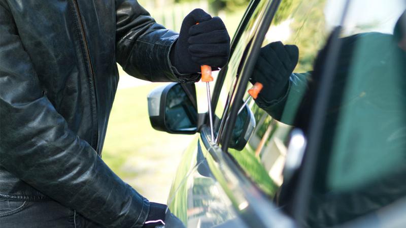 سوسة: القبض على محام بصدد سرقة سيارة عون أمن!