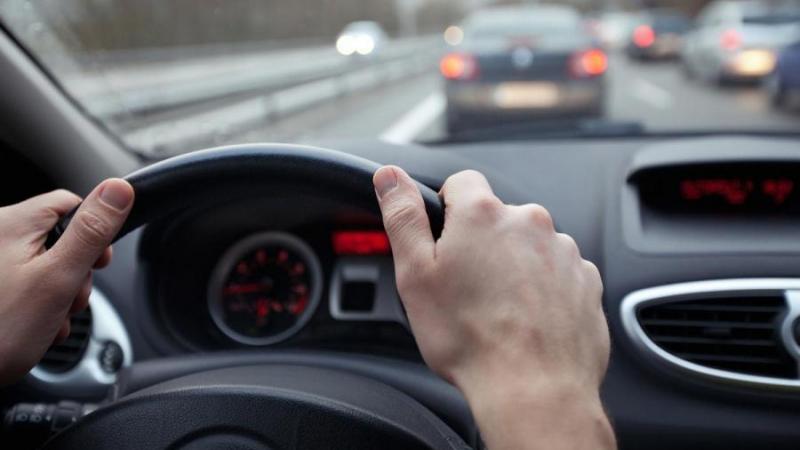 مقترح لمنح رخصة السياقة في سن الـ 16