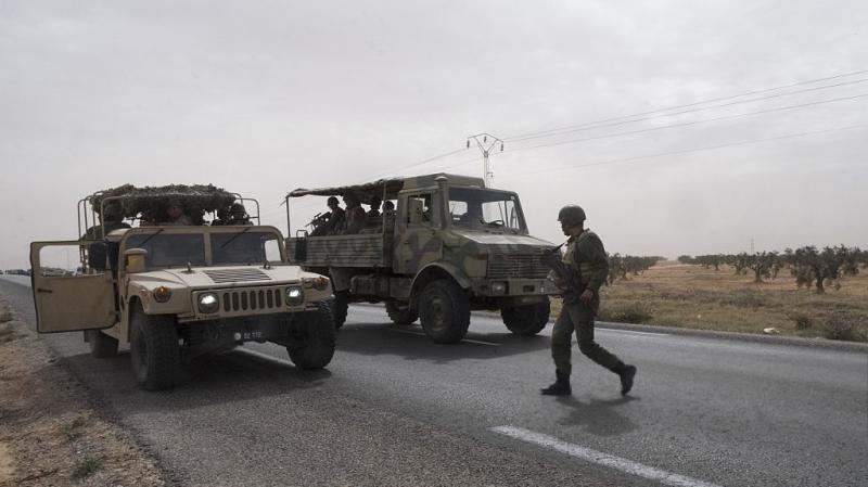شاحنة عسكرية