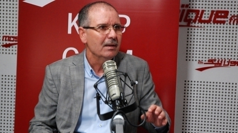 الطبوبي:الترخيص لشركة خاصة للعمل في مجال الزيوت المستعملة تحيل سياسي