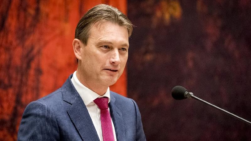 استقالة وزير خارجية هولندا بعد اعترافه بالكذب بشأن لقاء مع بوتين