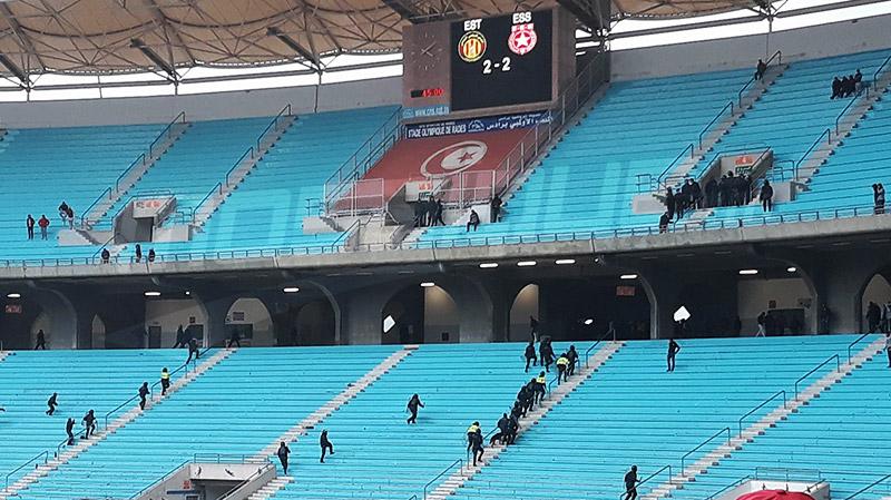 ملعب رادس : مواجهات بين عدد من الجماهير وقوات الأمن