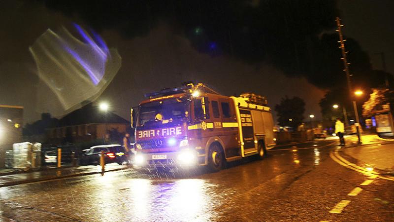انفجار هائل يدمر متجرا ومنزلا في ليستر بوسط بريطانيا