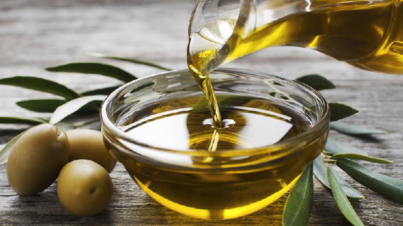 تونس صدّرت 88 الف طن من زيت الزيتون خلال الاشهر الاربعة الماضية
