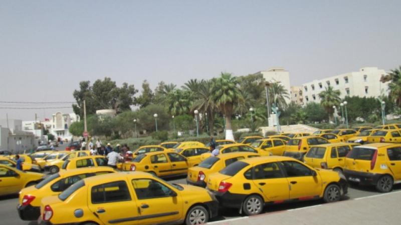 اتحادالتاكسي الفردي يمهل وزارة النقل أسبوعا للإستجابة لمطالبه