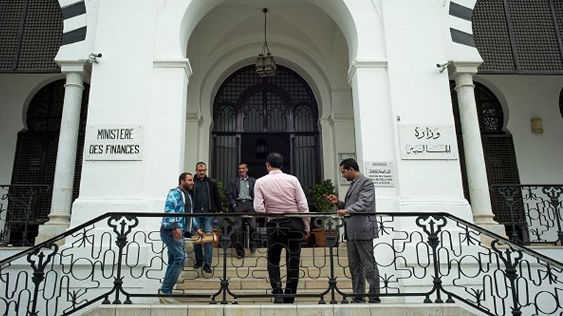 هيئة السوق المالية التونسية تدرج ملف انتشار التسلح ضمن تراتيب عملها