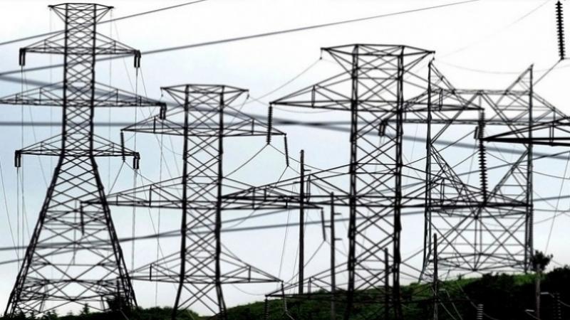 من بينها تونس: الجزائر تصدّرفائضهامنالكهرباء إلى دول الجوار