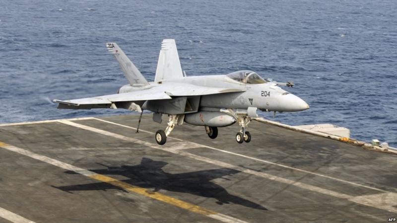 البحرية الأمريكية: مقتل طيارين اثنين في تحطم طائرة من طراز سوبر هورنيت