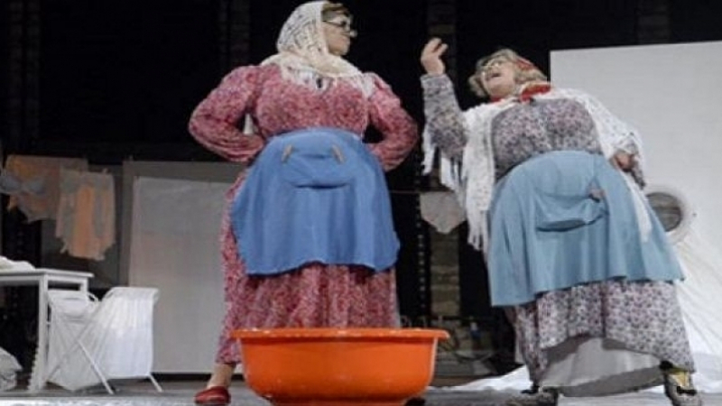 معز التومي وعزيزة بولبيار ضمن مهرجان الضحك بالباتاكلون