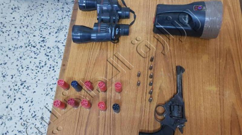 المنستير: حجز مسدس ناري وإطلاقات داخل ضيعة بالوردانين