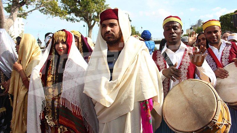 عروض فلكلورية وطنية وأجنبية في افتتاح المهرجان الدولي للقصور الصحراوية