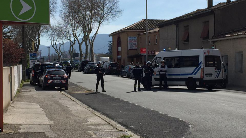 فرنسا : أنباء عن مقتل رهائن داخل المتجر