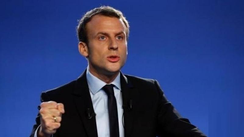 ماكرون: 'أحترم كل امرأة ترتدي الحجاب.. وعلى الفرنسيين احترام ذلك'
