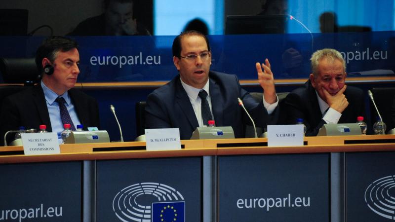 بروكسيل: نواب البرلمان الأوروبي يسائلون الشاهد