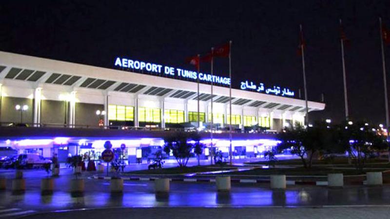 مطار قرطاج: منع الألمانيةالمتهمةبإختطافابنتيها بالقصرين من السفر