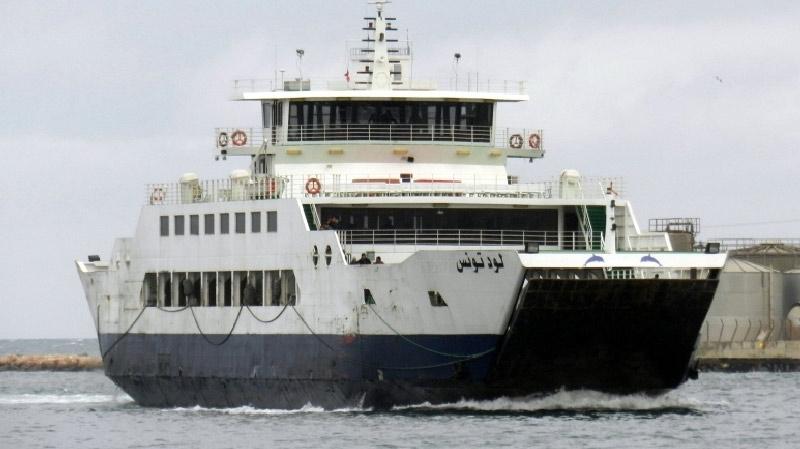 تعطل النقل بين صفاقس وقرقنة وطاقم من البحرية الوطنية لتأمين السفرات