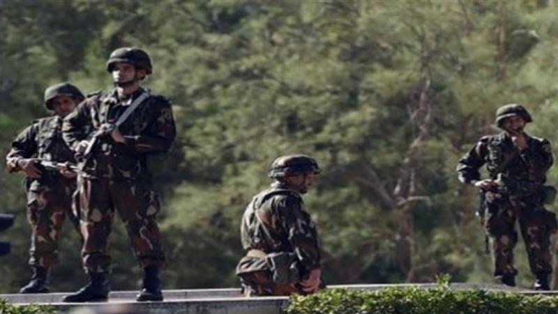 الجزائر: مقتل عسكري وإصابة طفل في انفجار لغمين أرضيين