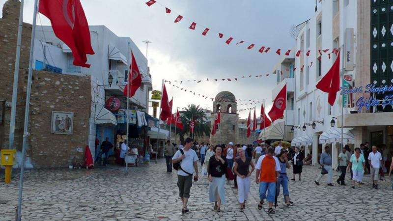 ارتفاع عدد السياح الجزائريين الوافدين على تونس