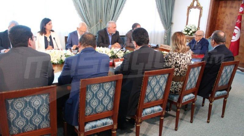 انتهاء اجتماع قرطاج 2 وتأجيل الحسم في الخلاف حول الحكومة إلى الإثنين