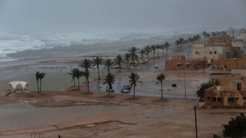 إنقاذ ستة تونسيين من الإعصار الذي ضرب سلطنة عمان