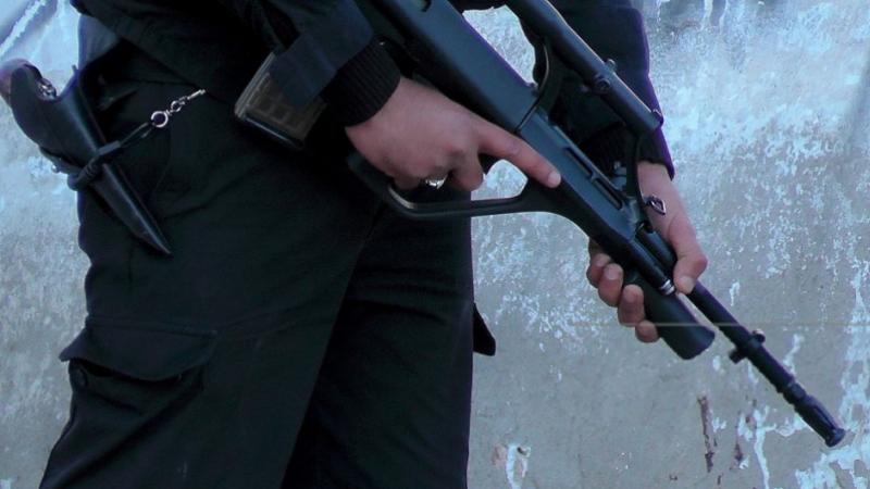 إطلاق النار على عجلات شاحنات تهريب في سيدي بوزيد