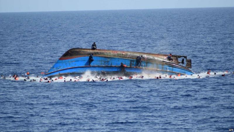 غرق مركب لمهاجرين غير شرعيين: انتشال عشر جثث وتواصل البحث عن مفقودين 