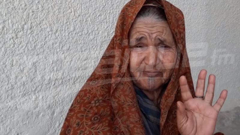 تطاوين: عمرها 80 سنة وهي العائل الوحيد لعائلتها