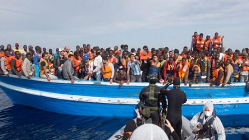 بينهم تونسيون وجزائريون: إنقاذ 152 مهاجرا في سواحل ليبيا