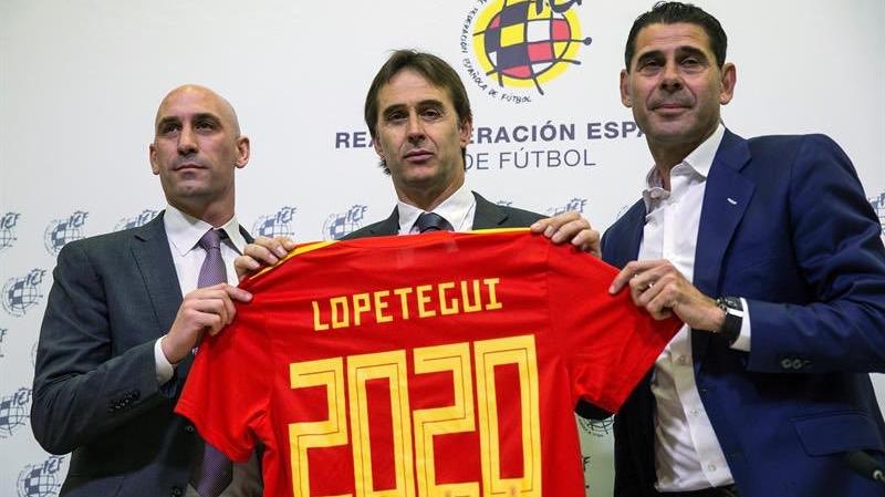 إقالة مدرب إسبانيا قبل بداية المونديال؟