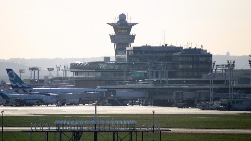حركة الملاحة الجوية الفرنسية مسؤولة عن ثلث التأخير في أوروبا