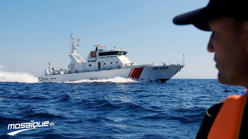 إنقاذ مهاجرين غير شرعيين غرق زورقهم بكاب زبيب