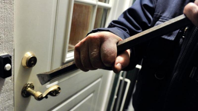 القصرين: القبض على أحد المورّطين في سرقة وخلع مقر بلدية حاسي الفريد