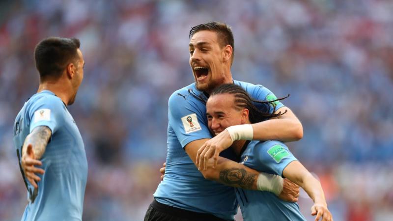 الأوروغواي تفوز على روسيا بثلاثية نظيفة