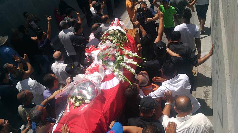 هجوم جندوبة الإرهابي: تشييع جثامين شهداء الوطن إلى مثواهم الأخير