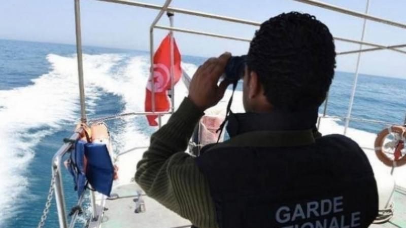المنستير : ضبط 9 أشخاص بصدد اجتياز الحدود البحرية خلسة