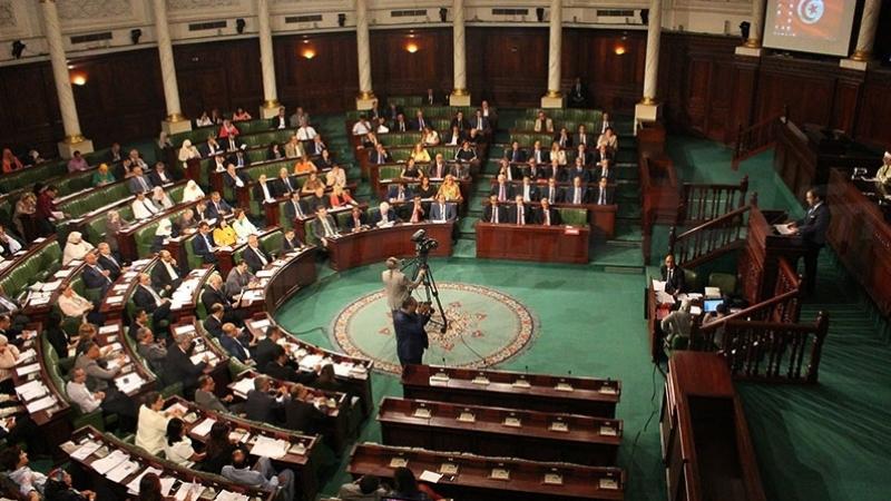 جلسة عامة بالبرلمان لتوجيه أسئلة شفاهية إلى 3 وزراء