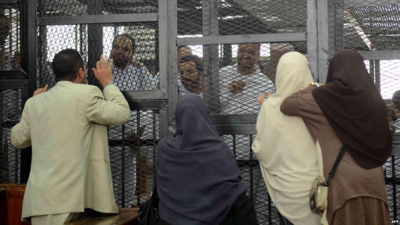 المؤبد في حق 12 متهما من جماعة الاخوان المسلمين في مصر