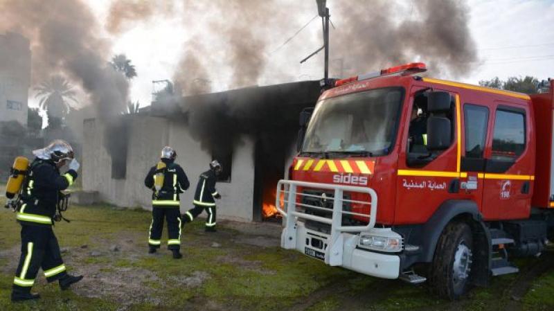 حريق بمؤسسة لرسكلة النفايات يأتي على 3 شاحنات و6 مجرورات